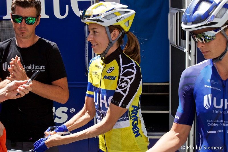 Katie Hall in yellow before the start of the last stage