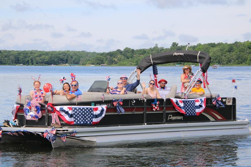 2019 4th of July Boat Parade  (100).JPG