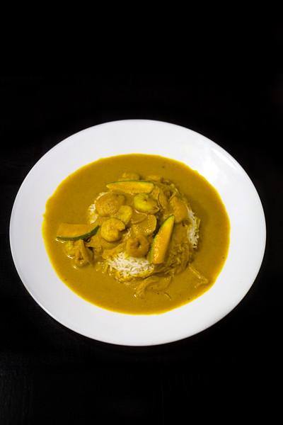 raw mango prawnns curry