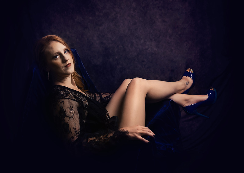 romantic elegant boudoir portraits iowa marion - 43.jpg