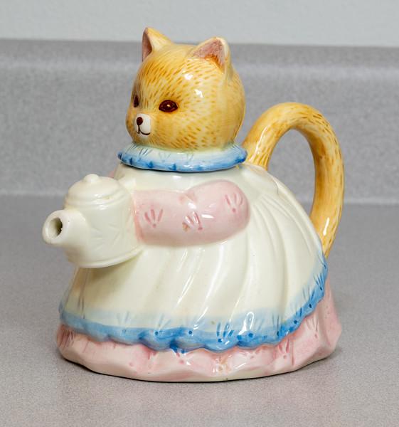 Kitty Teapot