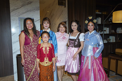 Chinese Club Celebrates Mid-Autumn Festival