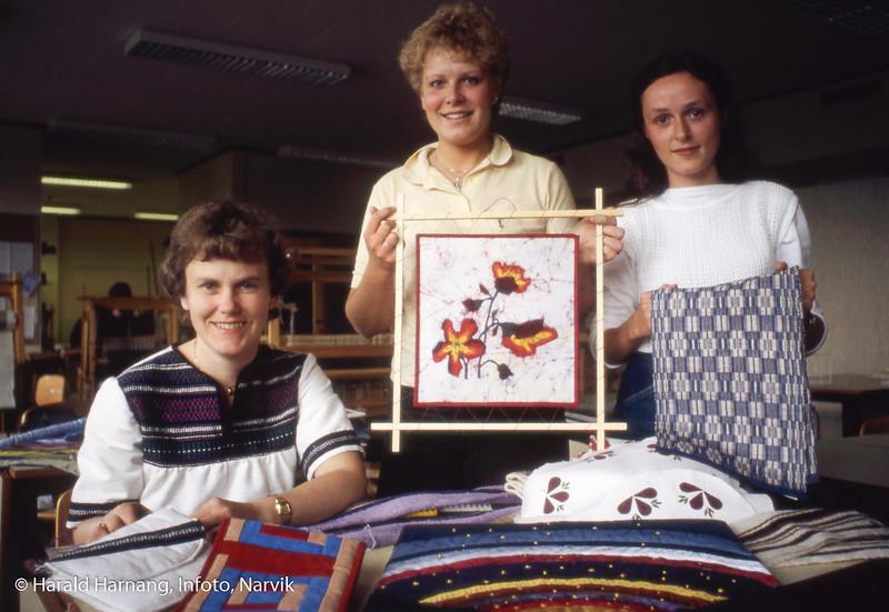 Solhaugen videregående skole, studenter. Foto til utstilling.