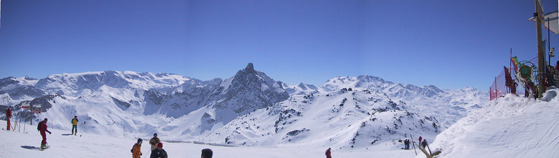 courcheval_panorama.jpg