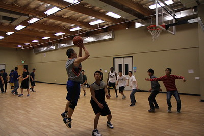 2014-01-04_IGSM_BrosBibleStudy_Basketball