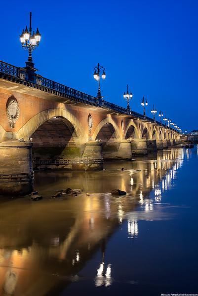 Bordeaux_DSC5383-web.jpg
