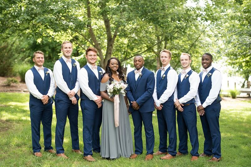 wedding-groomsmen.jpg