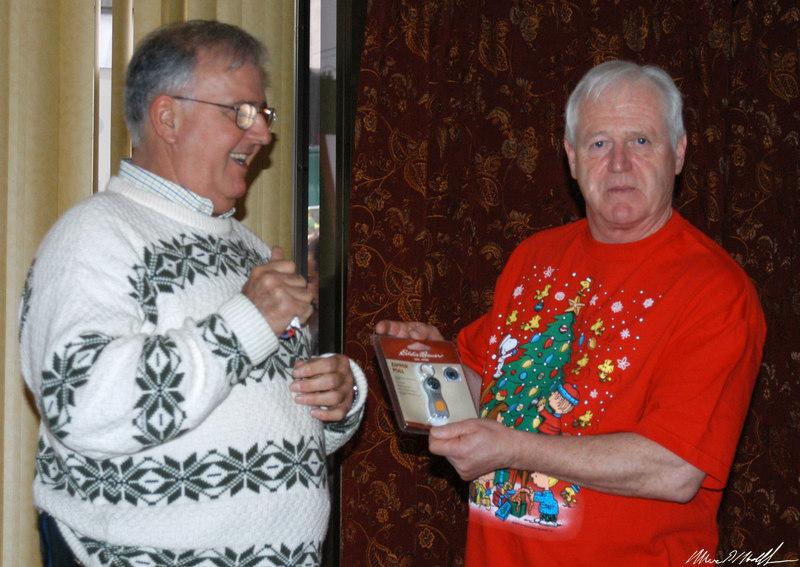 2006-12-12 Christmas Party071.JPG