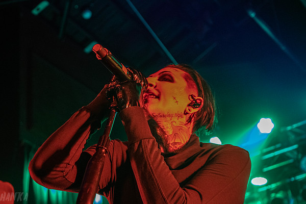 Motionless in White Trick r Treat tour
