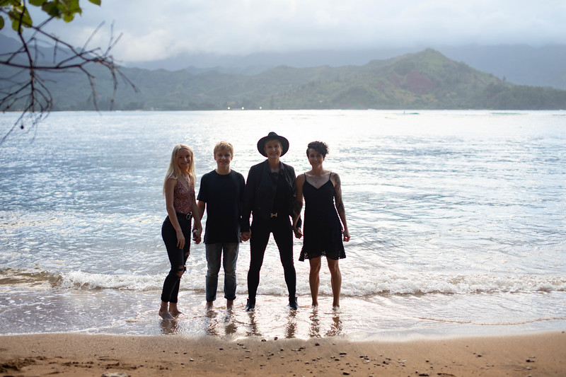 kauai family photos-95.jpg