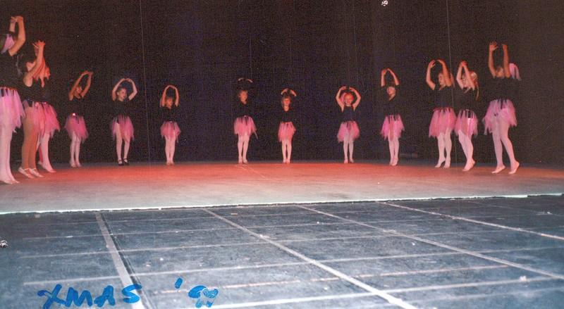 Dance_2558_a.jpg