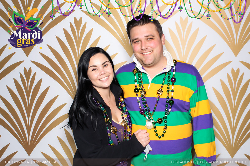 LOS GATOS DJ - The Bywater's Mardi Gras 2021 Photo Booth Photos (beads overlay) (12 of 29).jpg