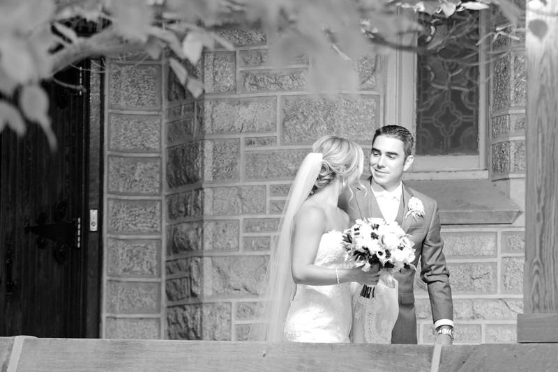 Bride and Groom_36 BW.jpg