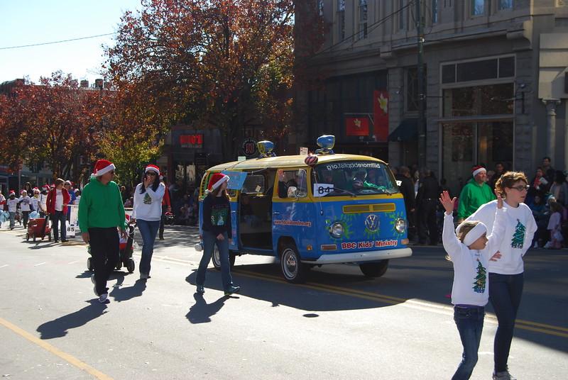 Parade 1244.jpg