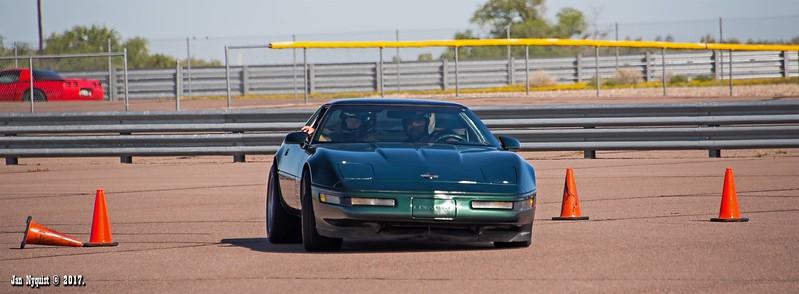 Corvette-dark-green-2022.jpg