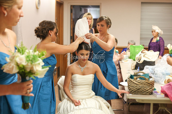 Getting Ready - Kera and Chole