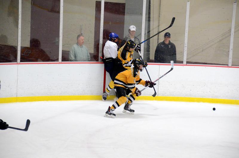 141004 Jr. Bruins vs. Boston Bulldogs-108.JPG
