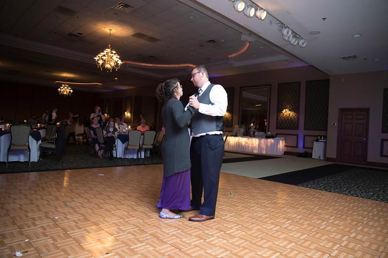 Amanda & Tyler Wedding 0805.jpg