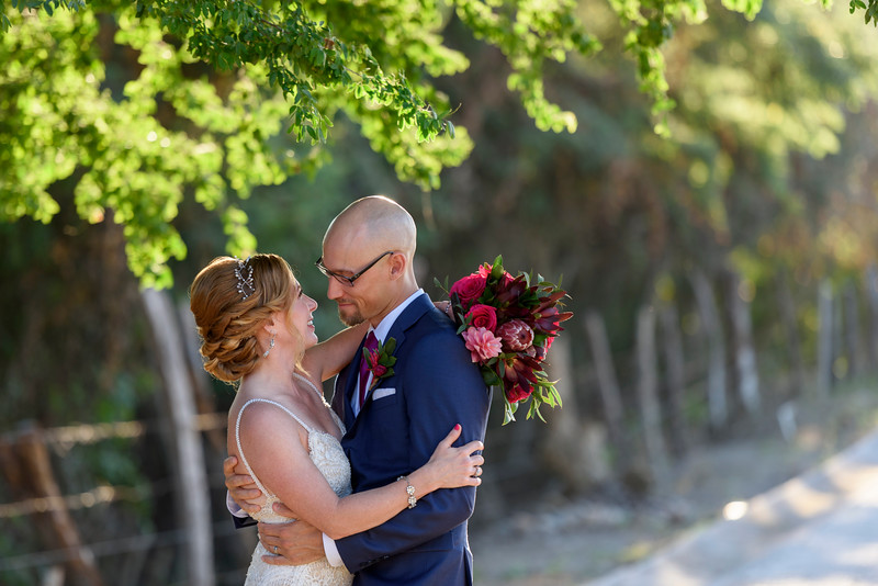 Rebecca-Adam-4-Newlyweds-27.jpg