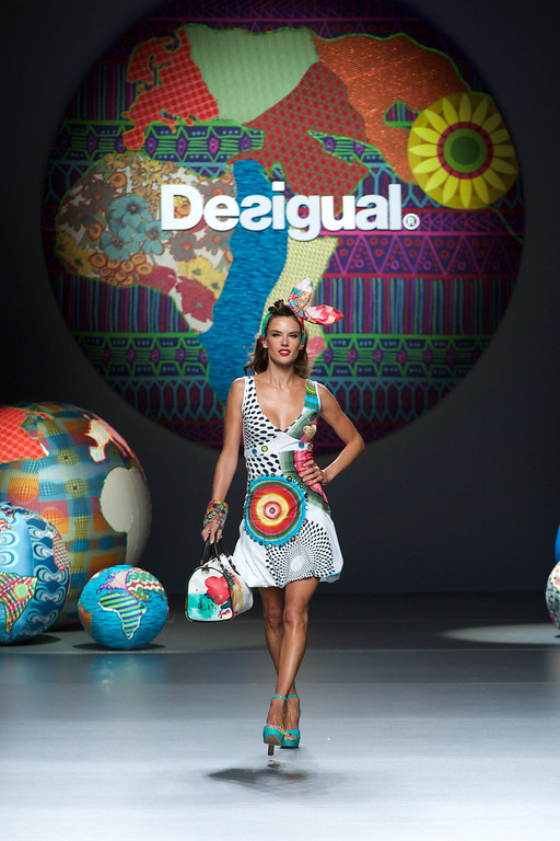 . Model Alessandra Ambrosio showcases designs by Desigual on the runway at  Desigual show during Mercedes Benz Fashion Week Madrid Spring/Summer 2015 at Ifema on September 11, 2014 in Madrid, Spain.  (Photo by Carlos Alvarez/Getty Images)