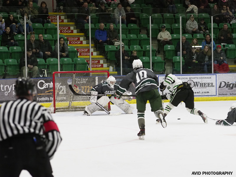 Midgert AAA Bowmark Oilers  vs Russia Dec23 (184).jpg