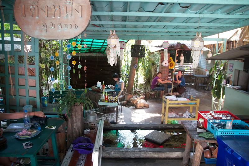 Roewe_Thailand 18.jpg