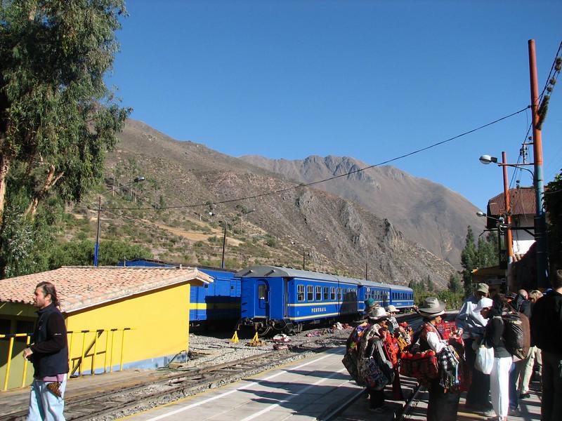 Train Station at Ollantaytambo, Peru (2008-07-05).psd