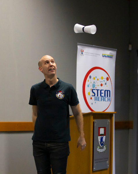 FREE TO USE IMAGE. Pictured during Science Week with WIT (Waterford Institute of Technology) by Calmast with Matt Pritchard, Surprising Science Show at WIT. Picture: Patrick Browne