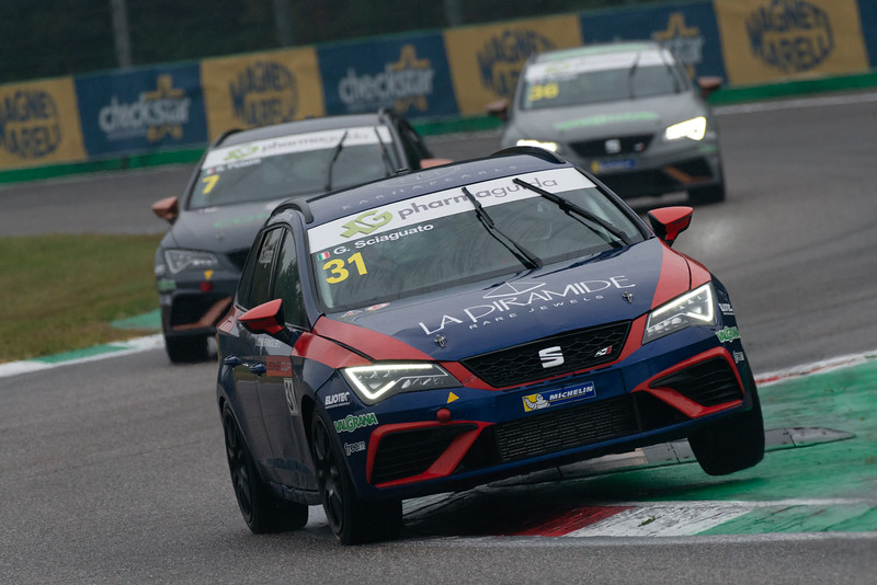 Seat Leon ST Cup