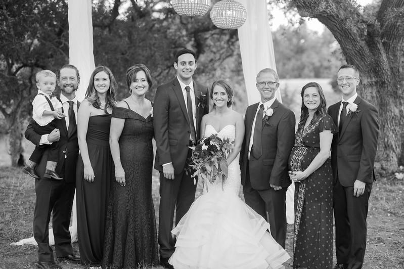 Alexa + Ro Family Portraits-19.jpg
