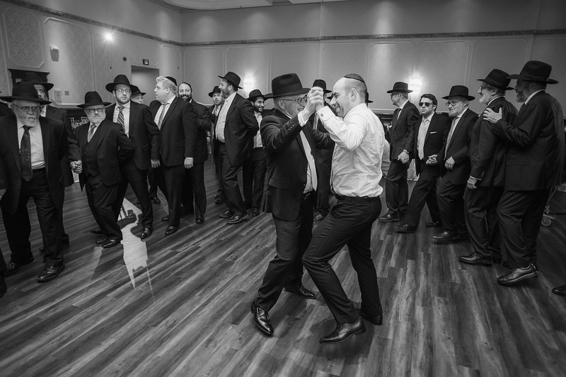 Miri_Chayim_Wedding_BW-799.jpg