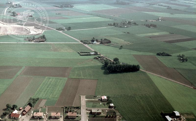 0,25km southeast Kvidinge monument | EE.0947