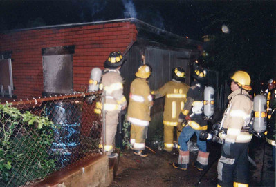 8.3.1994 - 114 Pear Street