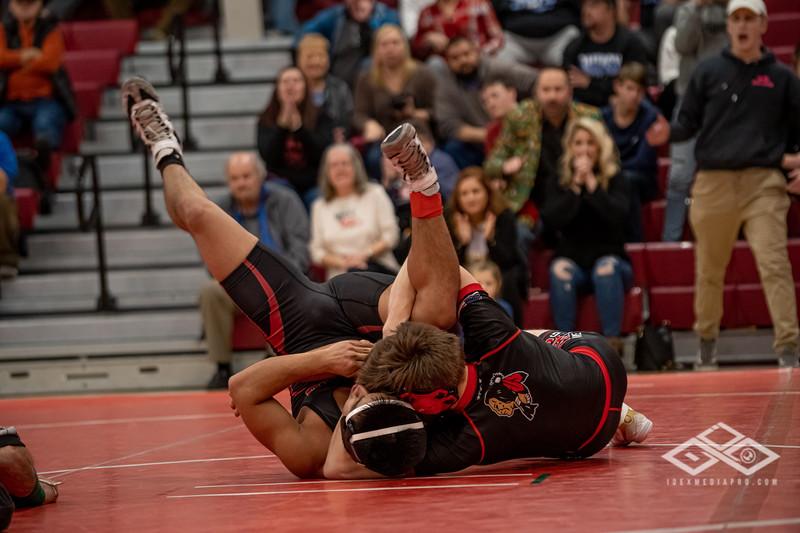 Wrestling at Granite City-09178.jpg