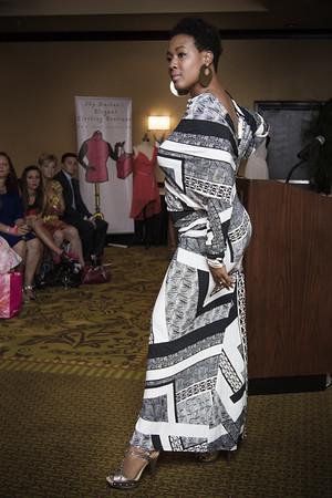 Discreet Elegance Fashion Show 2014