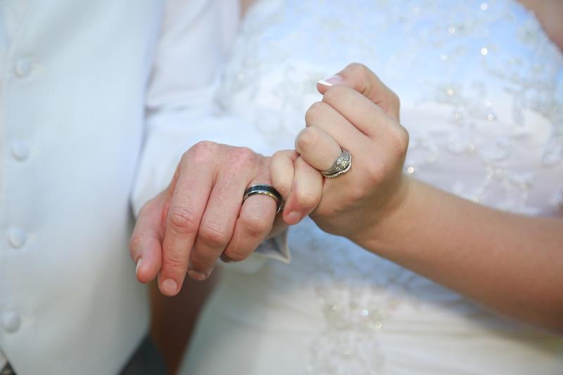 www.bellavitafotos.com, will and amanda,  wedding-9947.jpg