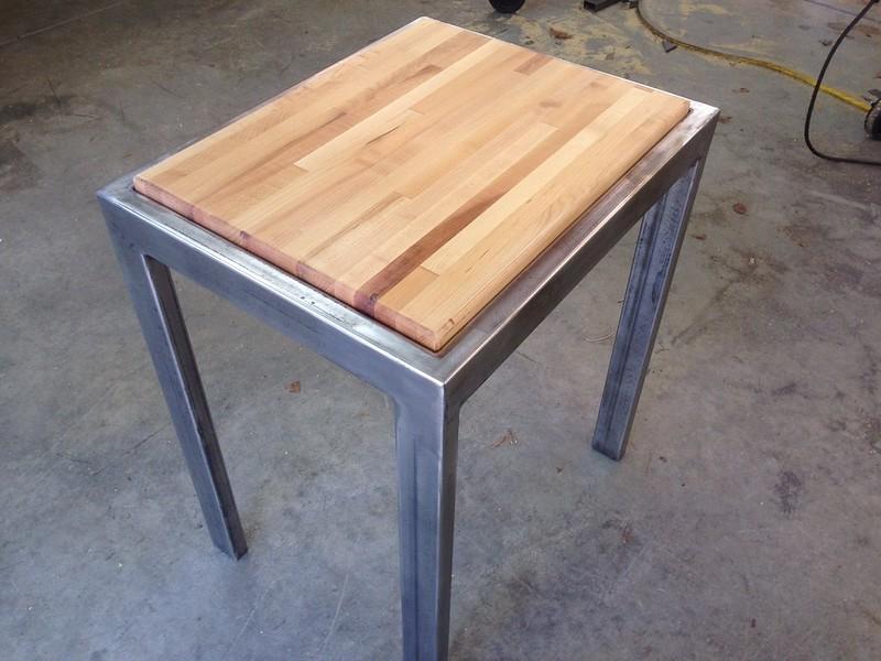 Cutting Board Table 01.jpg