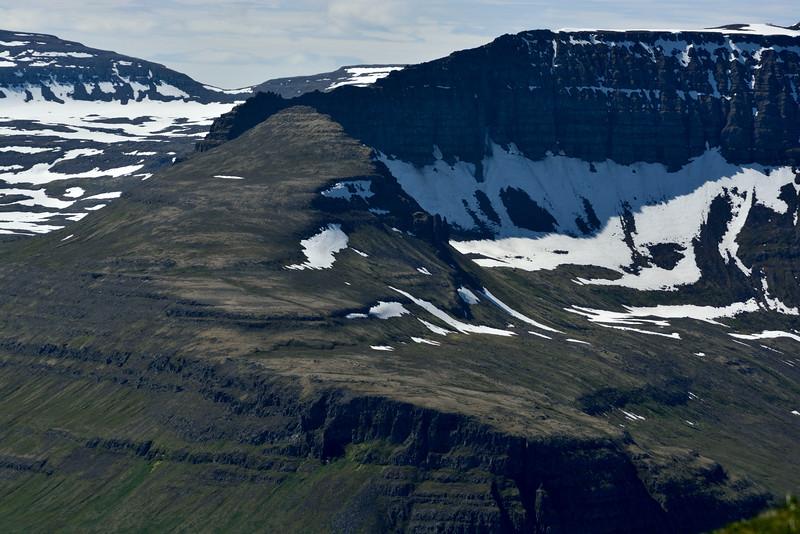 Einbúi og Darri