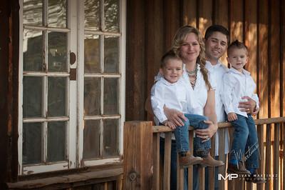 Hernandez Family Proof Gallery