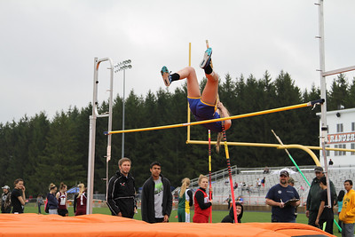 Manton Invite Girls Pole Vault
