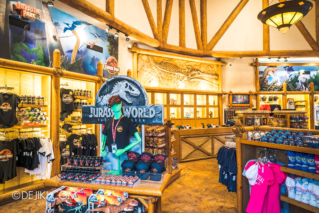 Universal Studios Singapore Park Update - Jurassic World Explore and Roar at Jurassic Park Dino-Store retail revamp
