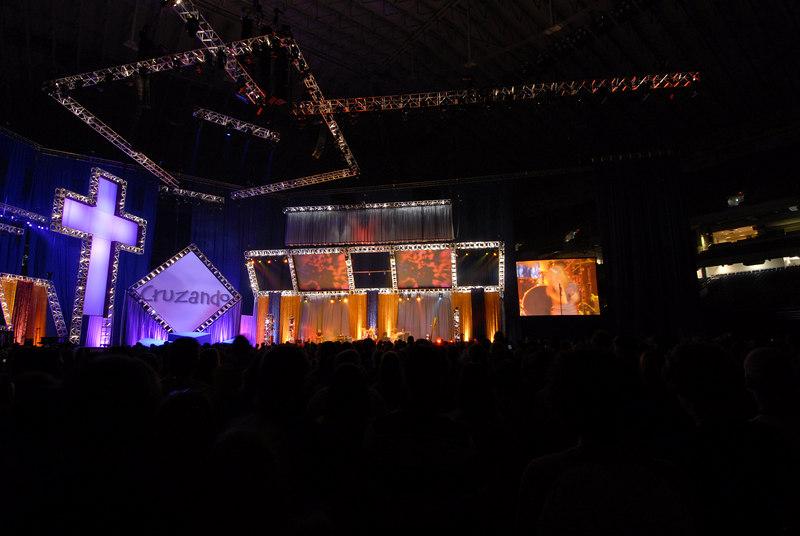 Dome night 21910.JPG