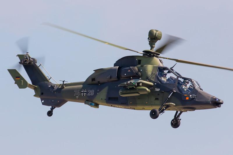74+28-EurocopterEC-665Tigre-GermanArmy-EEDB-SXF-2016-06-04-_K6A0068-DanishAviationPhoto.jpg