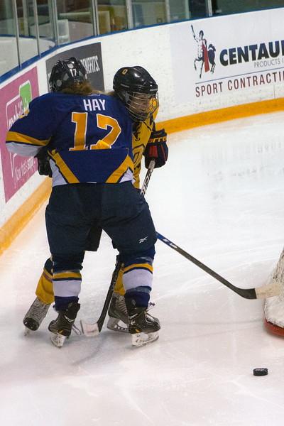 20130310 QWHockeyvsUBC 377.jpg