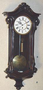 VR-321 - Dwarf Serpentine Austrian timepiece