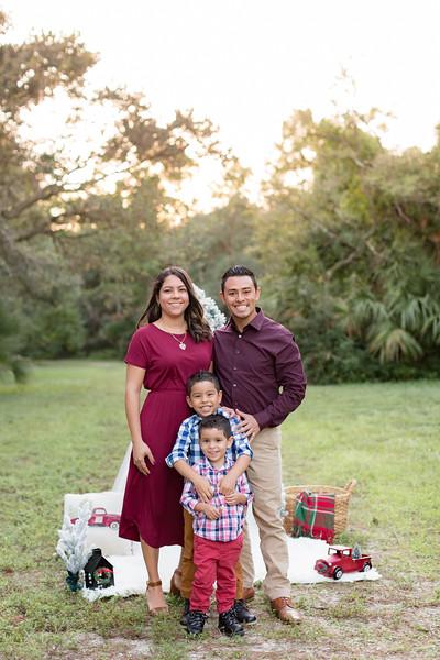 Ariza Family 2020-12.jpg
