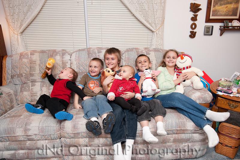 048 Christmas 2014 - Kid Group Shot.jpg