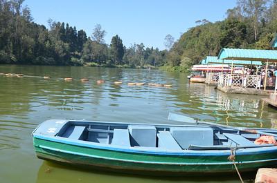 Ooty Lake & Boat House - Udhagamandalam