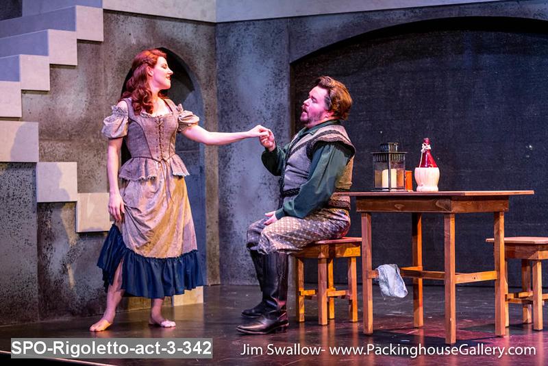 SPO-Rigoletto-act-3-342.jpg
