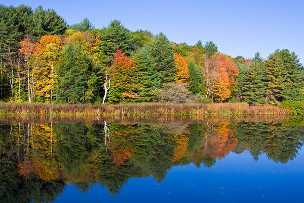Quechee Lake in Autumn, Vermont